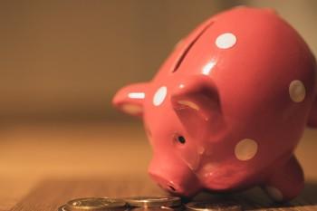 Taschengeld: Wie viel Geld bekommen Grundschüler regelmäßig?