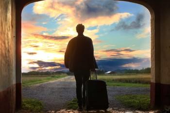 """""""Goodbye Deutschand""""   -   Vor- und Nachteile des Auslandsstudiums"""